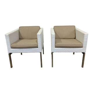 White Wicker and Chrome Lounge Chairs by Frontgate- a Pair For Sale