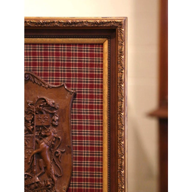 19th Century French Carved Walnut Royal Coat of Arms of Canada in Gilt Frame For Sale In Dallas - Image 6 of 8