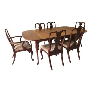 Mid-Century Queen Anne Style Solid Cherry Dining Table and Chairs Set For Sale