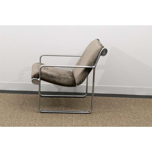Mid-Century Modern Rare Pair of Aluminum Lounge Chairs by Hannah/Morrison for Knoll For Sale - Image 3 of 10