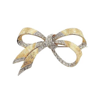 1960s Boucher Rhinestone Bow Brooch For Sale