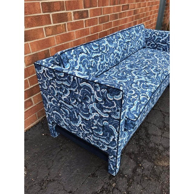 1950s 1950s Retro Modern Loveseat Covered in Kendall Wilkinson Fabric For Sale - Image 5 of 9