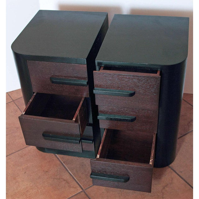 Black Streamline Pair of Modernage Art Deco Bookend Matched Ebonized Nightstands For Sale - Image 8 of 11