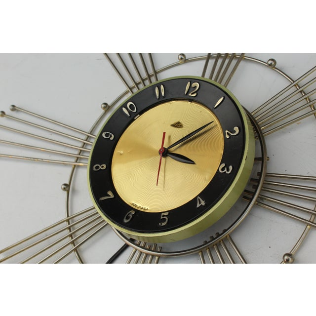 Luxo Lux Starburst Wall Clock For Sale - Image 4 of 7