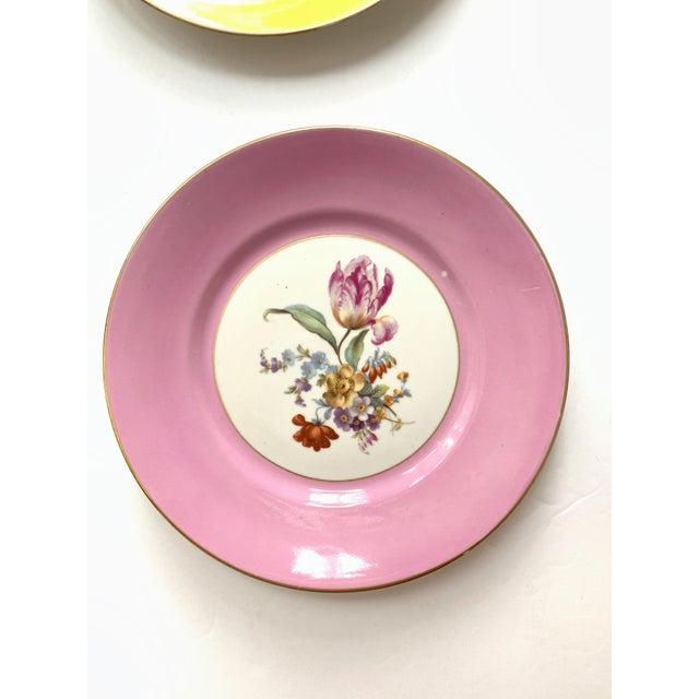 Figurative Vintage Richard Ginori Italy, Multicolored Porcelain Salad / Dessert Plates, Flower Patterns , Set of 5 For Sale - Image 3 of 13