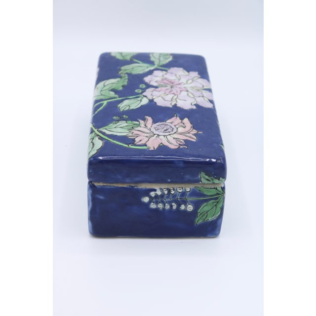 Late 19th Century Antique Asian Ceramic Floral Peonies Jewelry Box For Sale - Image 5 of 13
