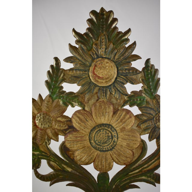 Continental Tôle Peinte Bouquets in Urns - a Pair For Sale - Image 11 of 11