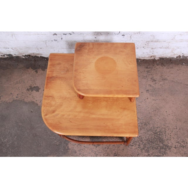 Brown Heywood Wakefield Mid-Century Modern Rattan Corner End Table For Sale - Image 8 of 10