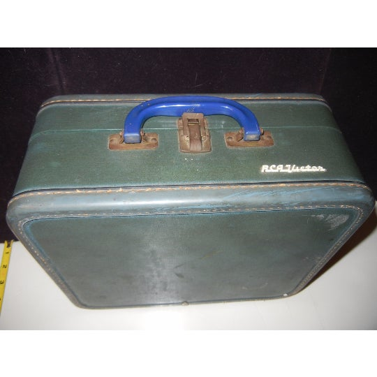 Vintage RCA Victor Record Player - Image 5 of 6