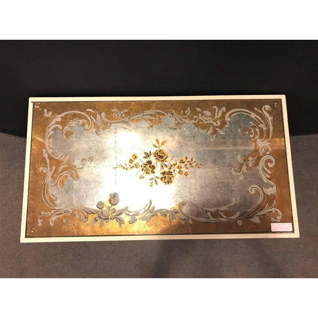 Hollywood Regency Hollywood Regency Eglomise Top Parcel Paint and Gilt Decorated Coffee Table For Sale - Image 3 of 12