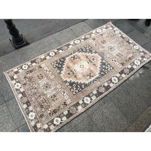 1960s 1960s Vintage Oushak Tribal Bohemian Area Rug- 4′ × 7′1″ For Sale - Image 5 of 11