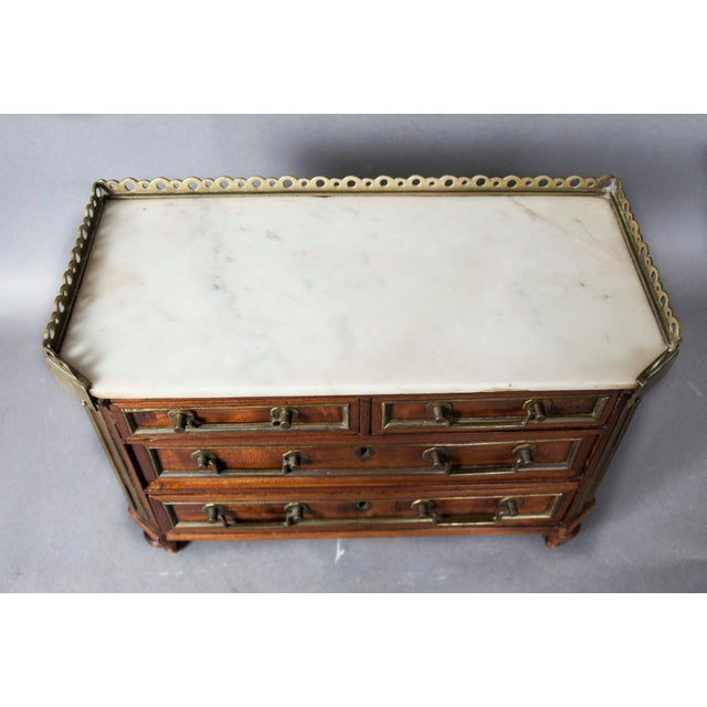 Neoclassical Directoire Style Mahogany and Brass Inlaid Miniature Commode For Sale - Image 3 of 6