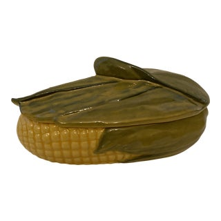 1950s Shawnee Pottery Corn King Covered Casserole For Sale