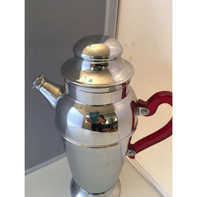 Mid-Century Chrome & Bakelite Cocktail Shaker - Image 5 of 5