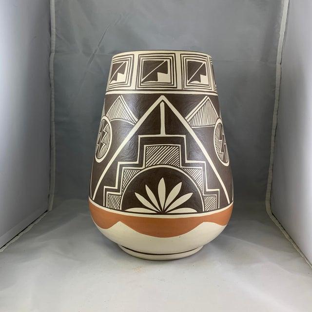 Vintage Stella Teller Southwestern Polychrome Mountain Design Painted Vase For Sale - Image 4 of 13