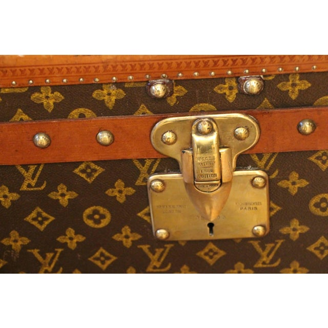 Pair of Louis Vuitton Monogram Steamer Trunks, Malles Louis Vuitton For Sale - Image 10 of 13