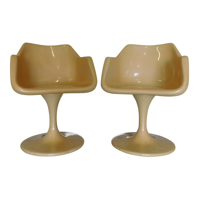 Mid-Century Saarinen Style Fiberglass Swivel Tulip Chairs - A Pair For Sale
