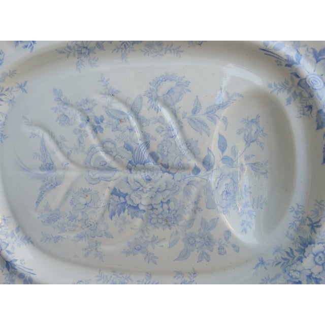 English Traditional Wedgwood Antique Blue Turkey Carving Platter For Sale - Image 3 of 6