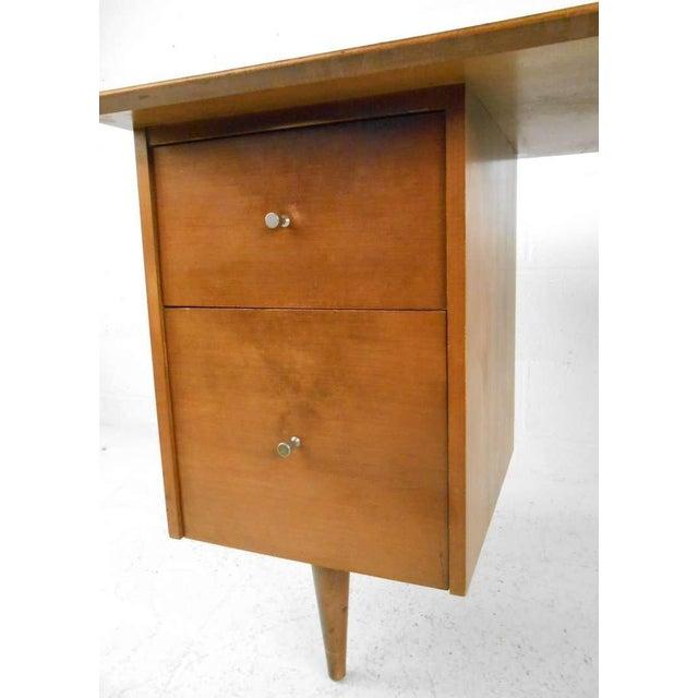 Paul McCobb Mid-Century Modern Paul McCobb Desk For Sale - Image 4 of 7