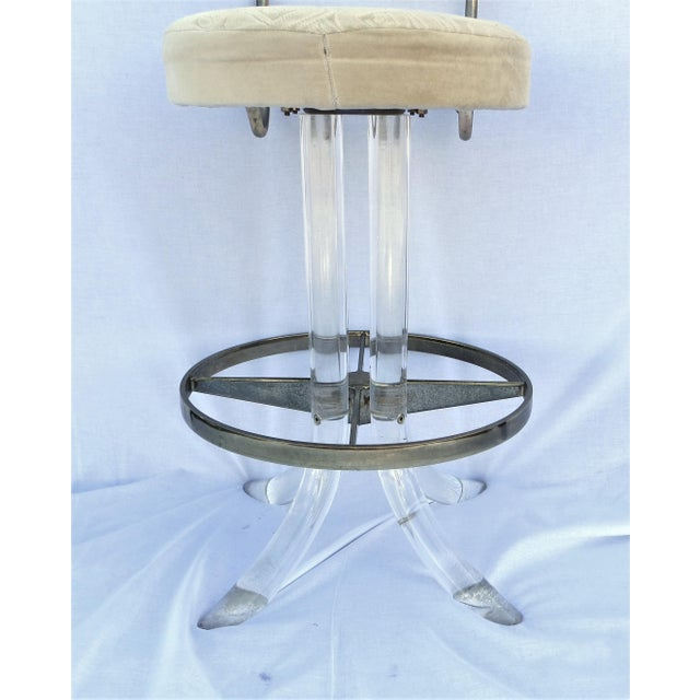 1970s Vintage 1970's Hill Manufacturing Acrylic Bar Stools - Set of 4 For Sale - Image 5 of 13