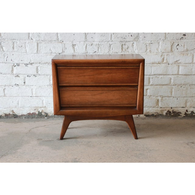 United Mid-Century Sculpted Front Walnut Nightstand - Image 2 of 6