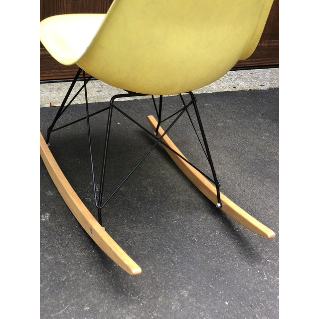 Herman Miller Mid Century Eames Armless Shell Rocker For Sale - Image 4 of 10