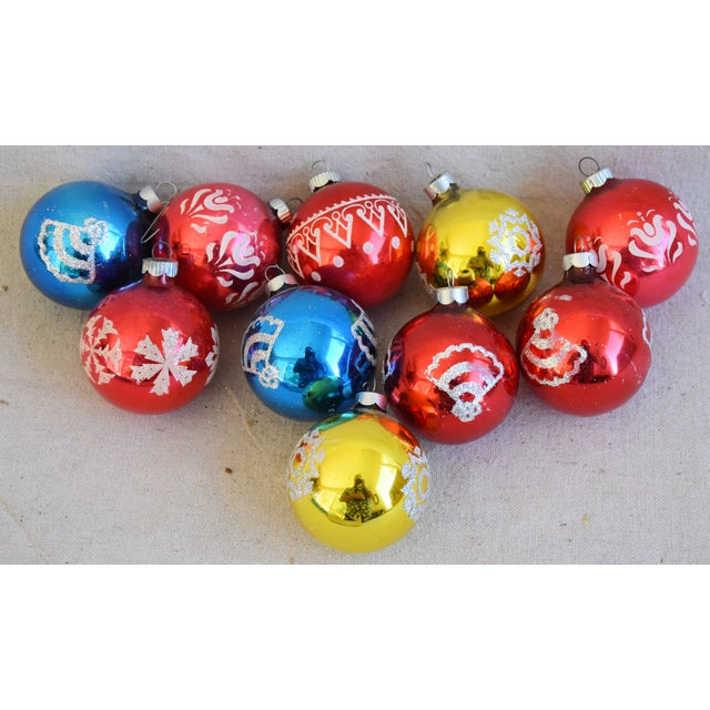 White Vintage Colorful Christmas Ornaments withBox - Set of 10 For Sale - Image 8 of 9