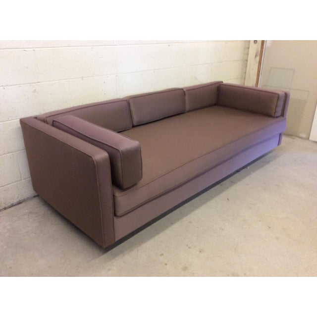 Mid-Century Modern Mid Century Modern Knoll-Style Floating Sofa For Sale - Image 3 of 10