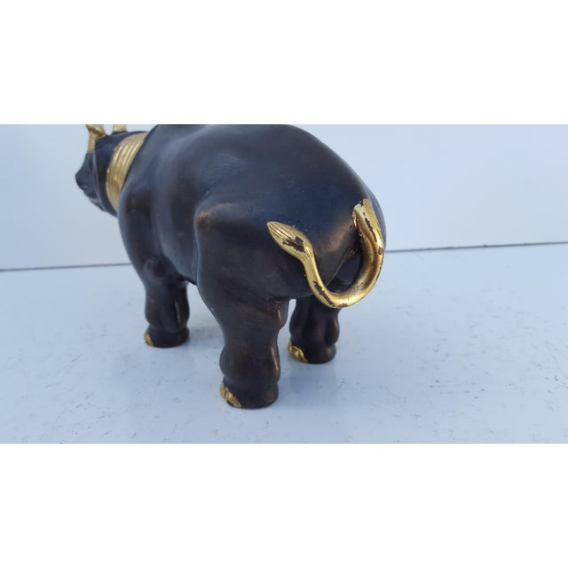 Vintage Solid Bronze Rhino Decorative Table Sculpture. For Sale In Miami - Image 6 of 9