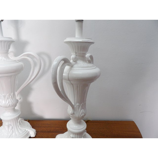 1980s Vintage Handled Metal Urn Lamps in New White Lacquer - a Pair For Sale In West Palm - Image 6 of 7