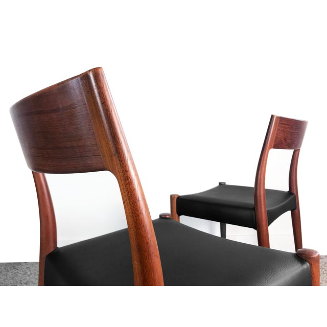 Set of 6 vintage teak dining chairs designed by Arne Hovmand Olsen for Mogens Kold circa 1960s. The beautifully crafted...