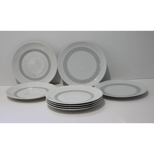 """White Mid-Century Modern Rosenthal """"Athenia"""" Dinner Service for 8 Plus Serving Pieces - 63 Items Total For Sale - Image 8 of 13"""