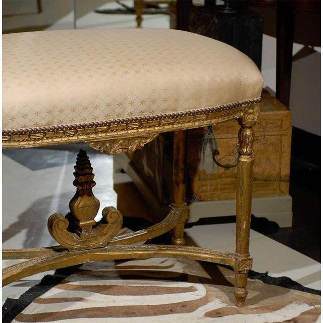 French Oversized Louis XVI Gilded Stool For Sale - Image 3 of 7