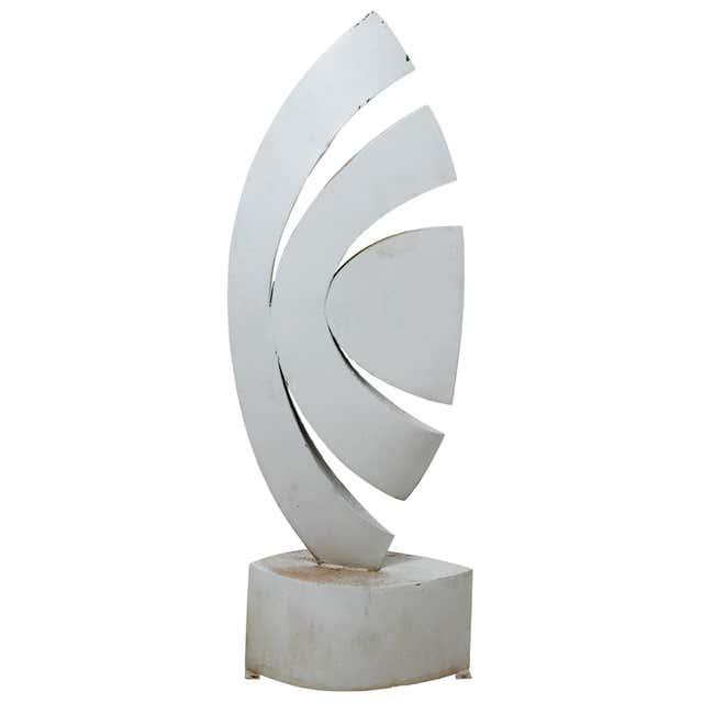 """White Mid 20th Century """"The Leaf"""" Abstract Metal Sculpture by Homer Gunn For Sale - Image 8 of 8"""