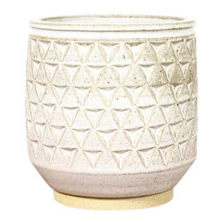 Christian Boehr Ceramic Stoneware Planter — Large Delta Pattern — White Glaze — P42 For Sale