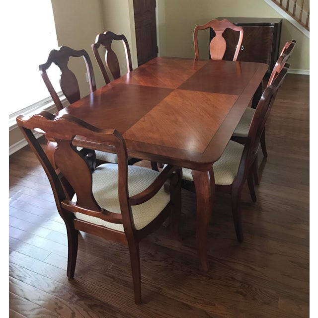 Thomasville Dining Room Furniture: Thomasville Dining Table & Chairs W/ Leaves