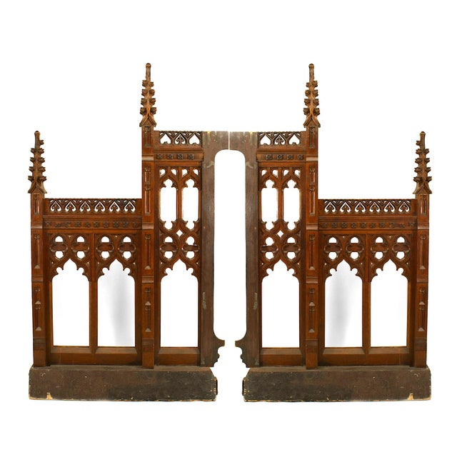 19th Century Pair of 19th Century English Gothic Revival Railing Panels For Sale - Image 5 of 5