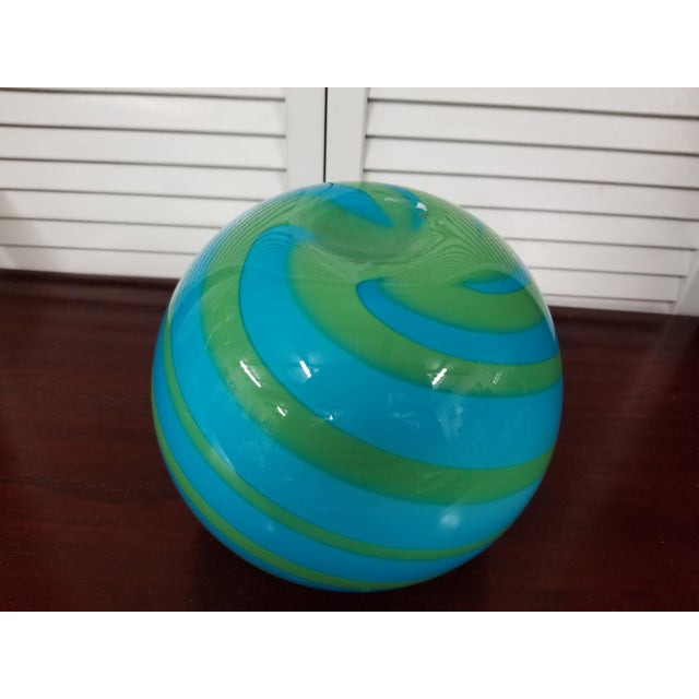 Art Deco Swirled Art Glass Vase For Sale - Image 3 of 5
