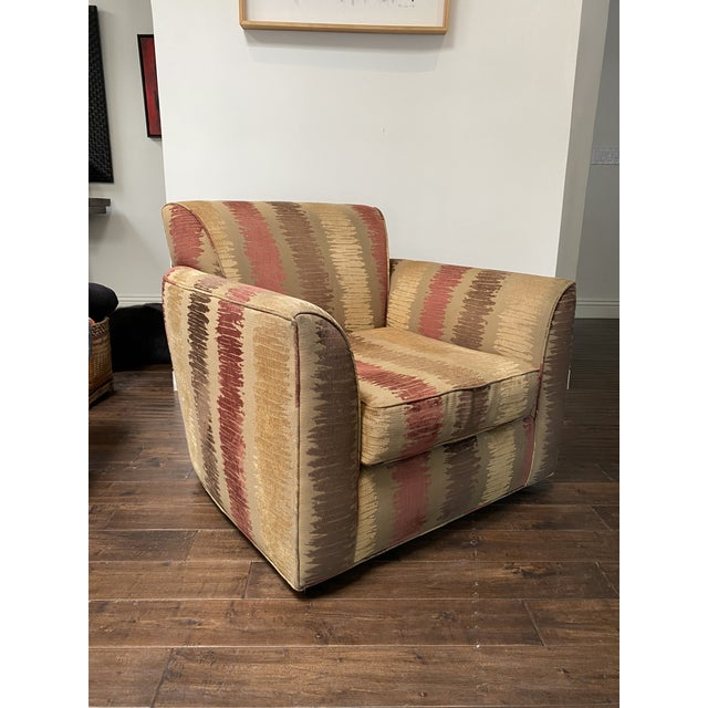 Late 20th Century Vintage Contemporary Swivel Chair For Sale - Image 5 of 8