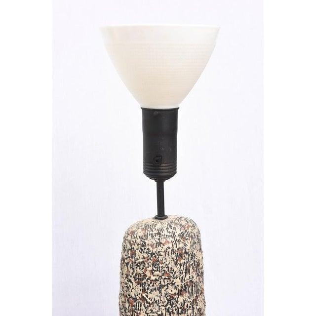 1950s Beautiful Sargeri Ceramic Mid-Century Modern Lamp, 1950s, Usa For Sale - Image 5 of 9