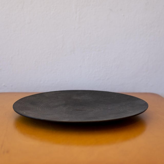 Modernist Japanese Tetsubin low iron bowl. Solid iron with a nice patina. Made in Japan label on the bottom, 1960s.