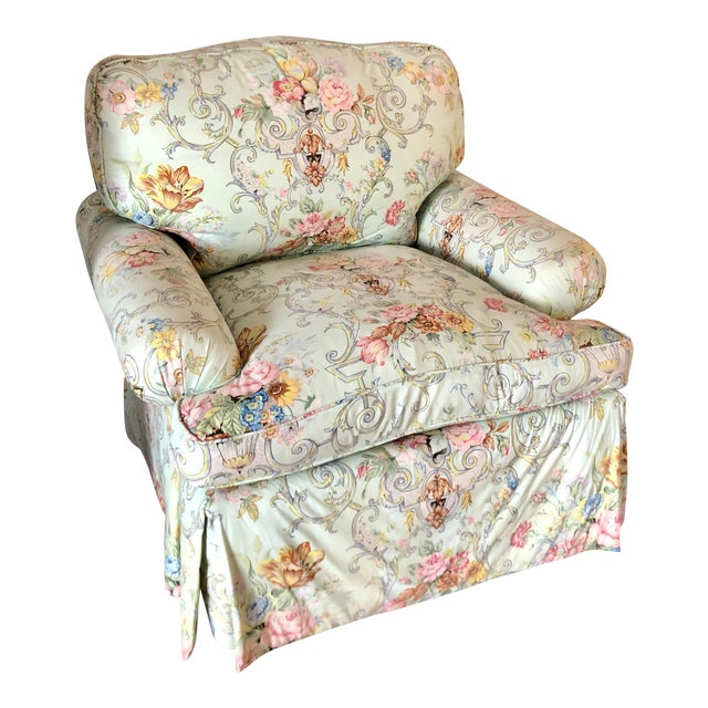 Charles Stewart Hickory Cozy Club Chair With Dessin Fournir Rose Cummings Floral For Sale