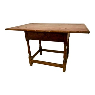 1790 Traditional Tavern Center Table For Sale