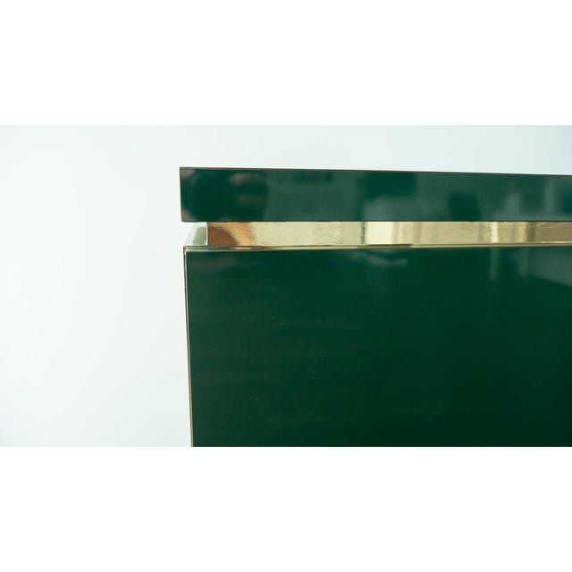 1960's Hollywood Regency Emerald Green Laminate Credenza For Sale In Los Angeles - Image 6 of 13