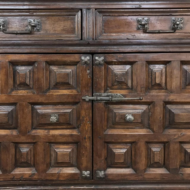 19th Century Grand Spanish Buffet For Sale - Image 12 of 13
