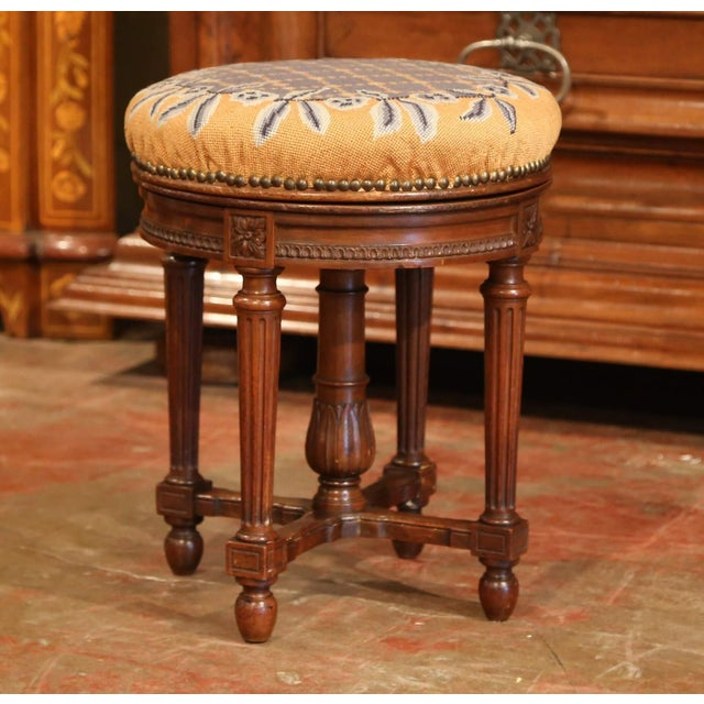 19th Century French Louis XVI Carved Walnut Round Adjustable Swivel Piano Stool For Sale - Image 10 of 10