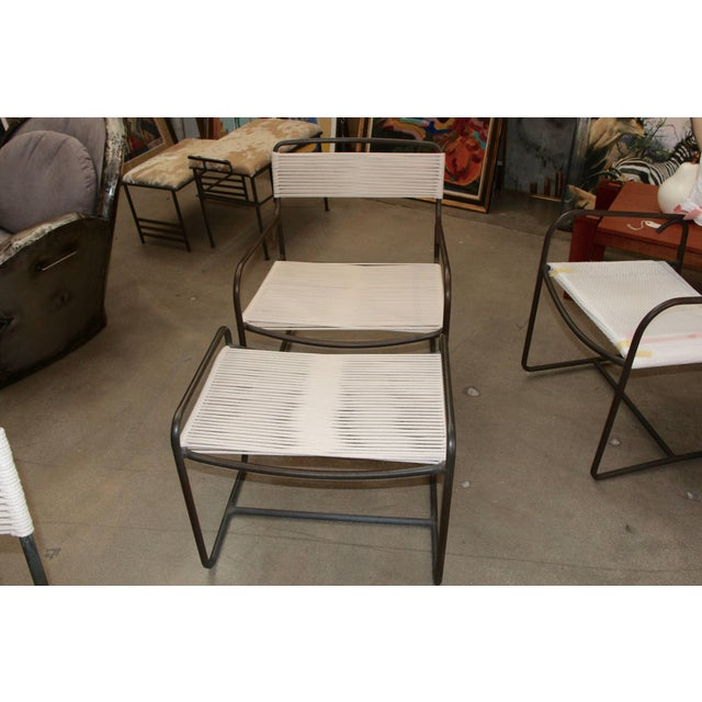 Mid-Century Modern Large Lounge Chair and Ottoman by Walter Lamb for Brown Jordan For Sale - Image 3 of 7