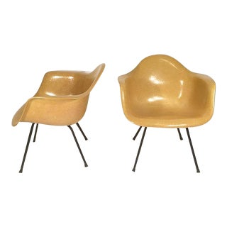 Pair of Original Eames Shell Chairs For Sale