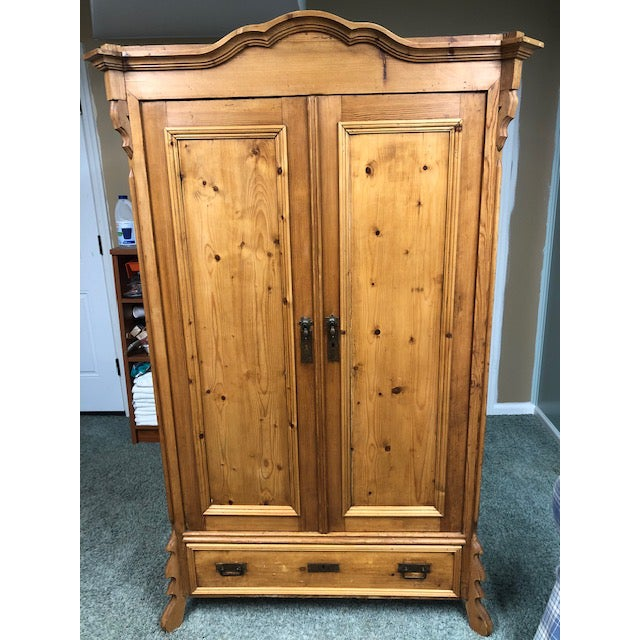 Rustic European 1880s Czechoslovakian 2 Door Pine Wardrobe With Shelves For Sale - Image 3 of 3
