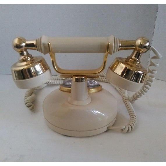 1970s Vintage French Style Telephone For Sale - Image 4 of 7
